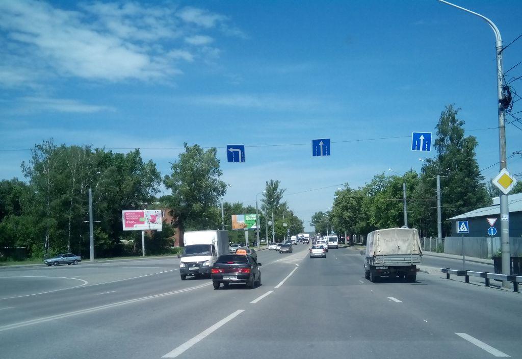 ул. Гагарина, 12  (поворот на ул. Ленина)