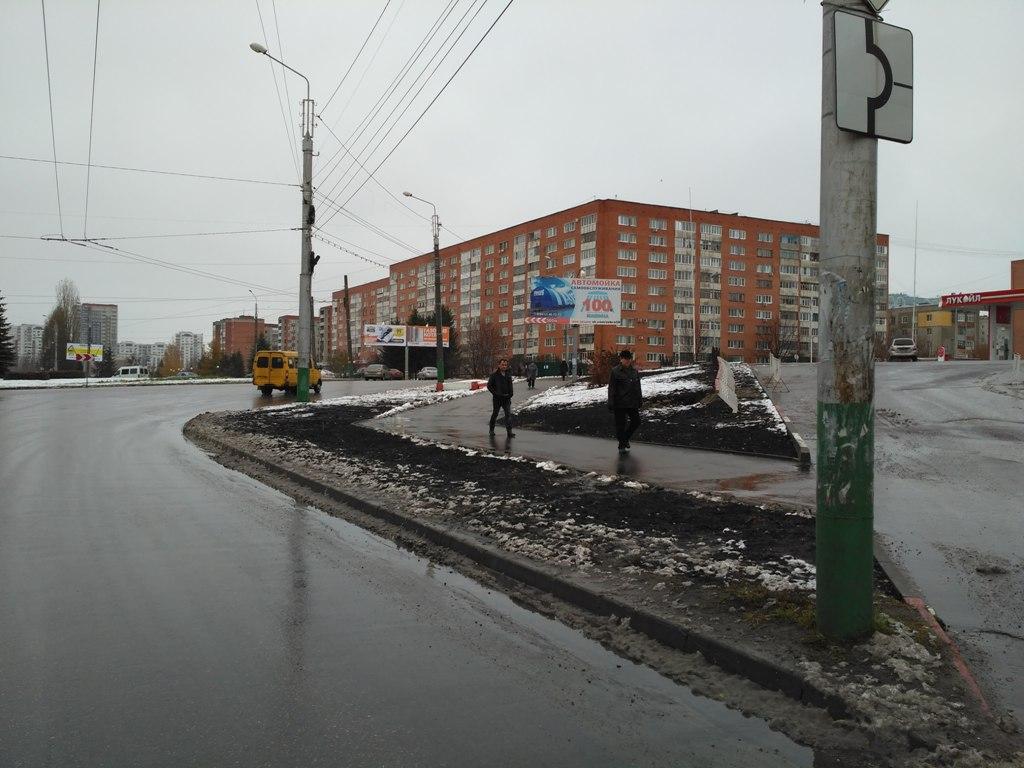 пр. Строителей, 5 (ТЦ Олимп)